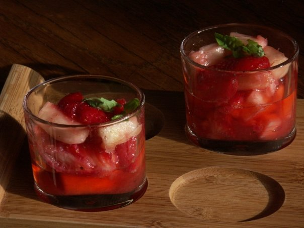 Picture of Strawberries and Pineapple Glass Cup