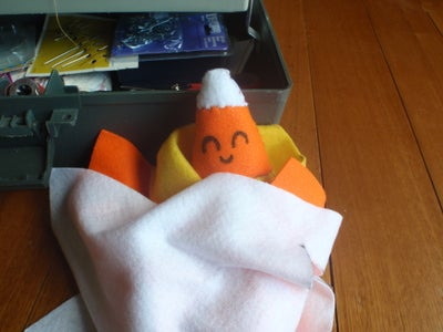 Making Cuddly Candies: Part 1, Candy Corn