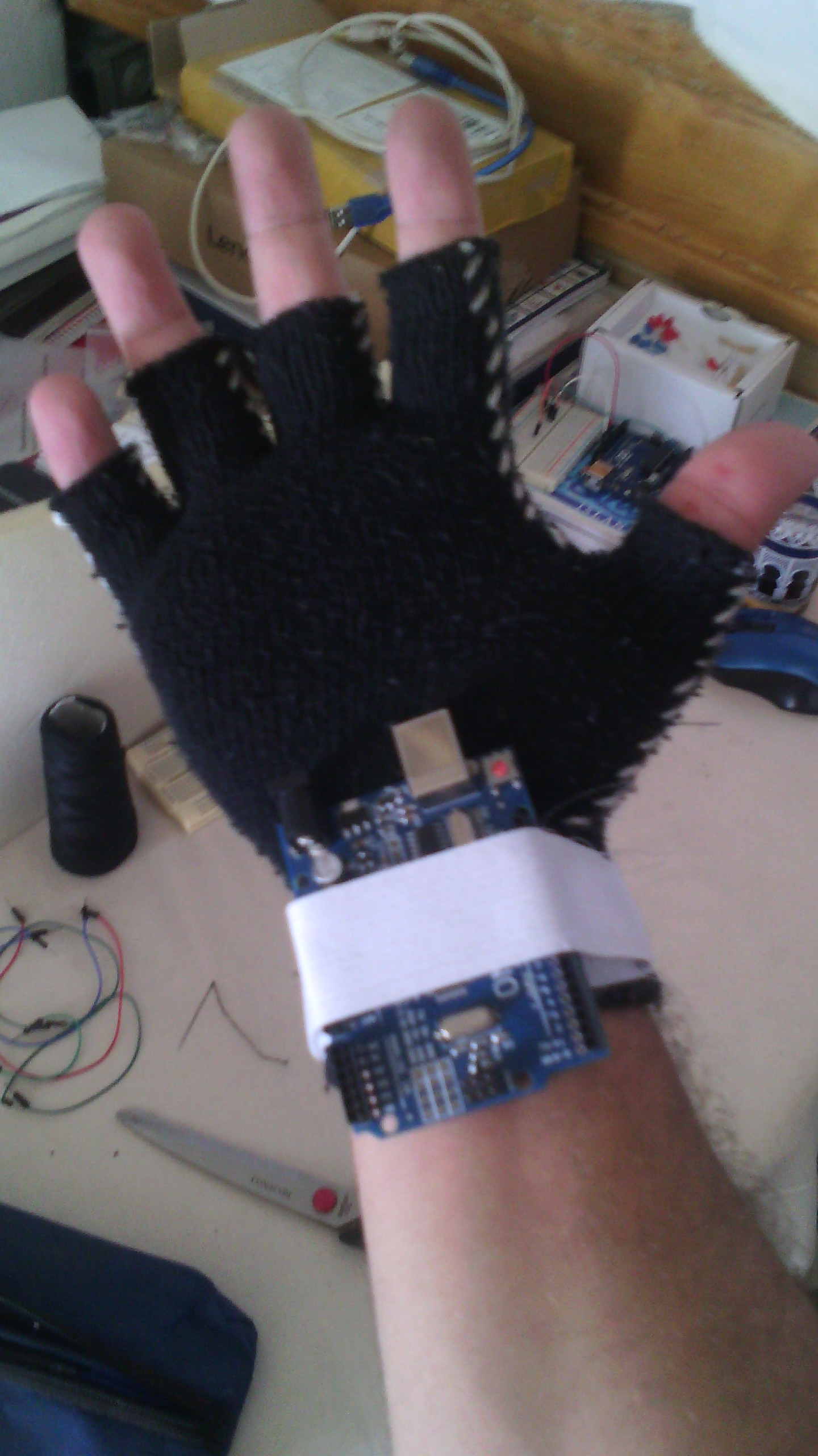 Picture of Make the Arduino's Holder
