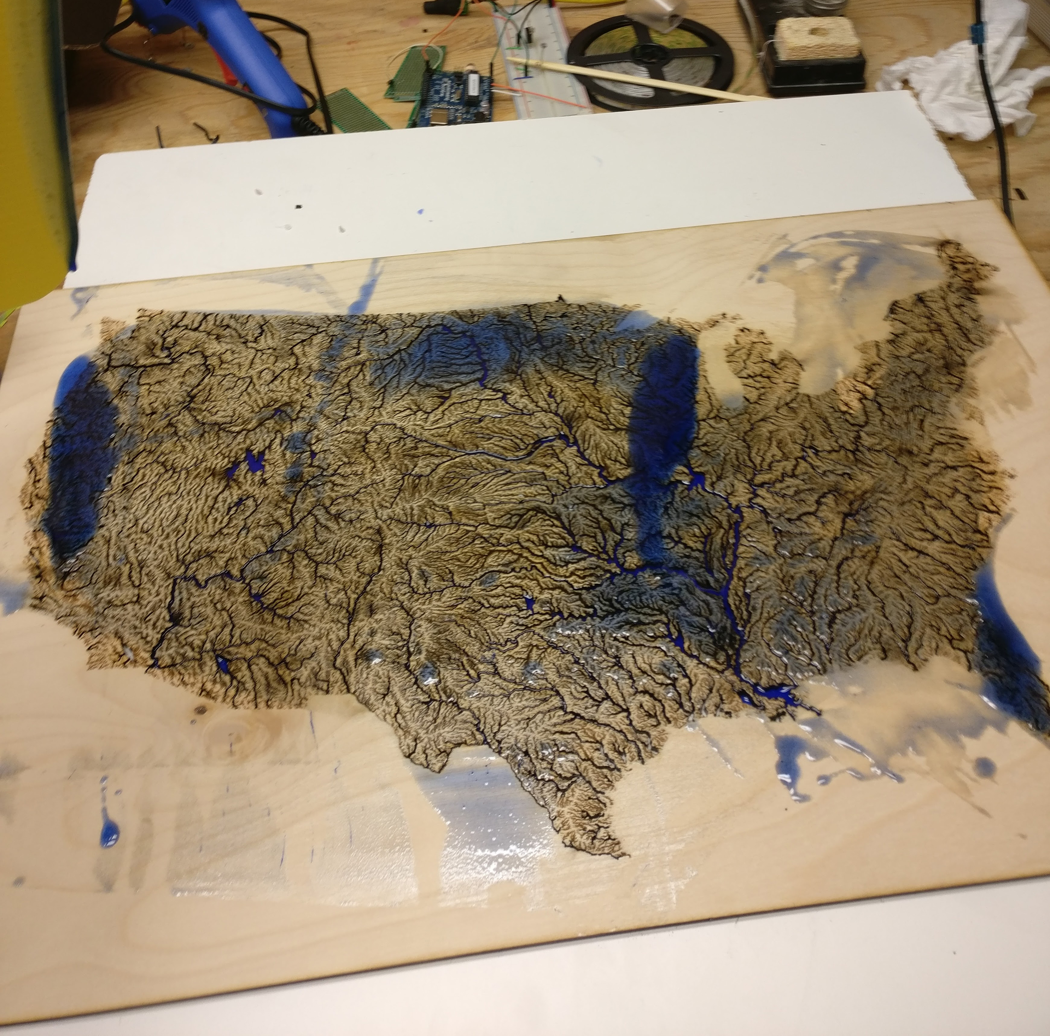 Picture of Epoxy Resin Pour