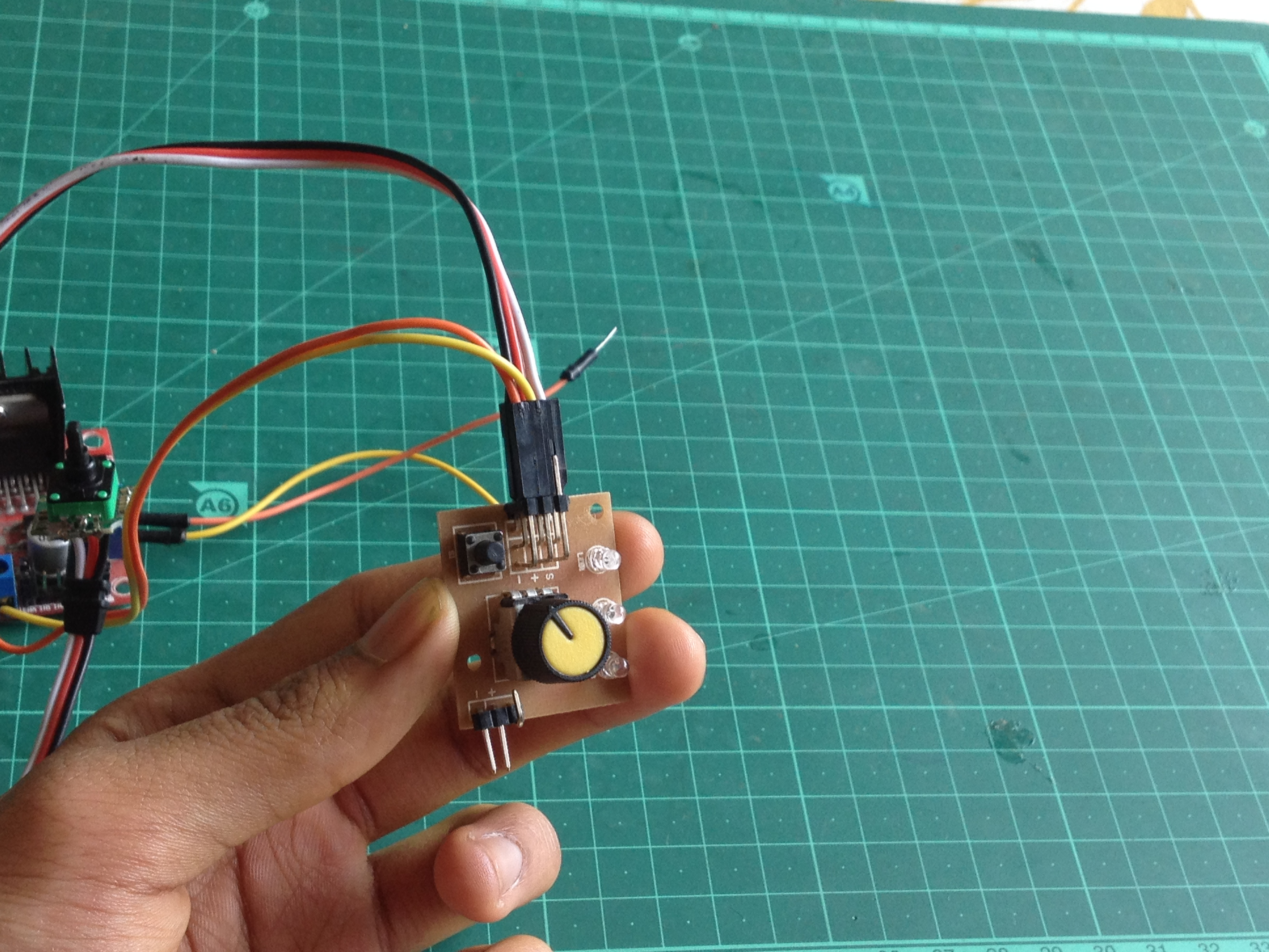 Picture of Connect the Servo Driver's Power Input to the 5 Volt Output of the Motor Driver
