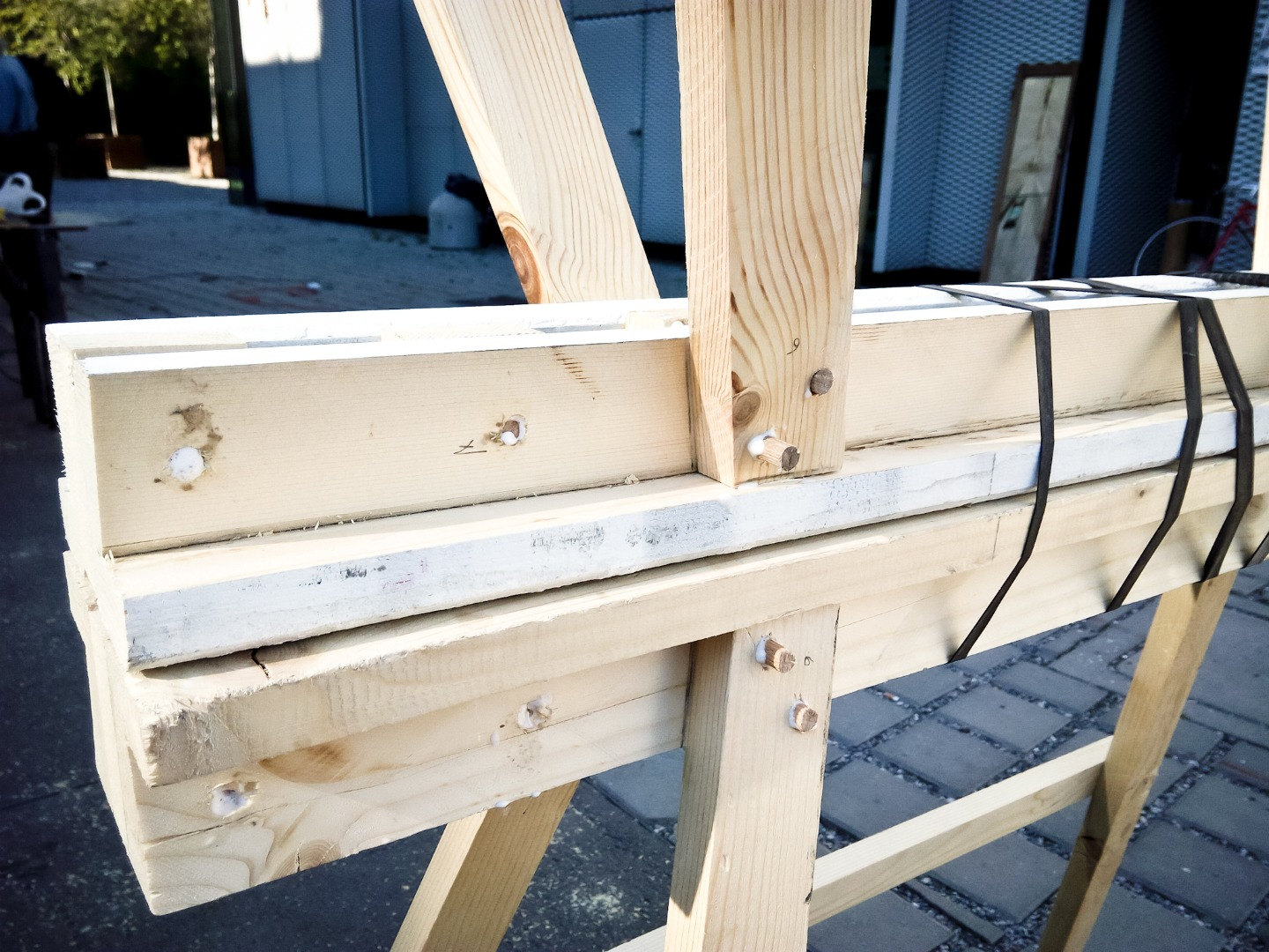 Picture of Adding Dowels