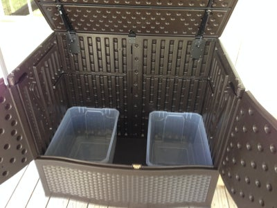 The Bins/Litter Boxes