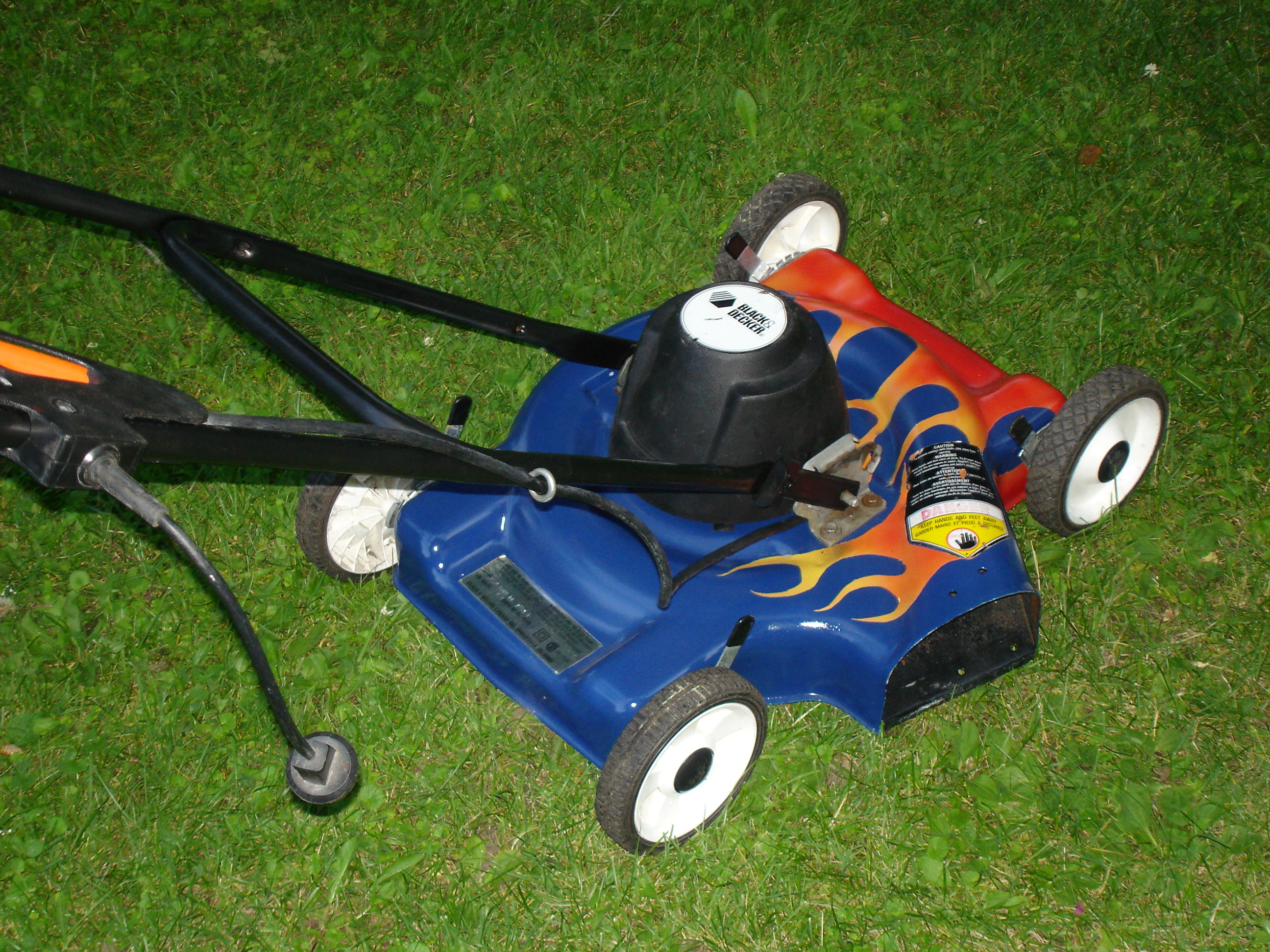 Picture of Flaming Lawnmower Paint Job