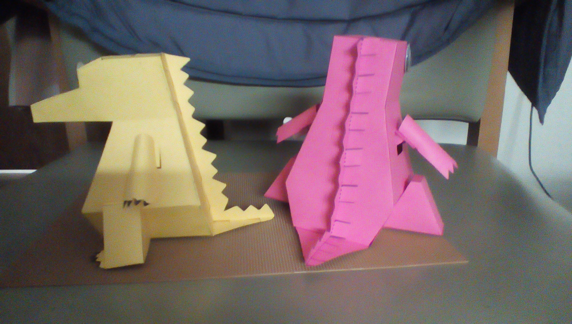 Picture of Moving Paper Dragon Piggy Bank