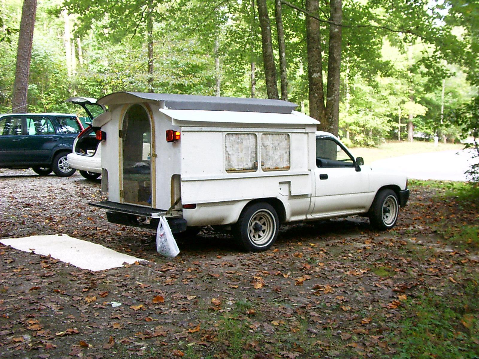 Picture of Smaller Arrangement Camper