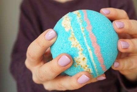 Create Your Epic Bath Bomb