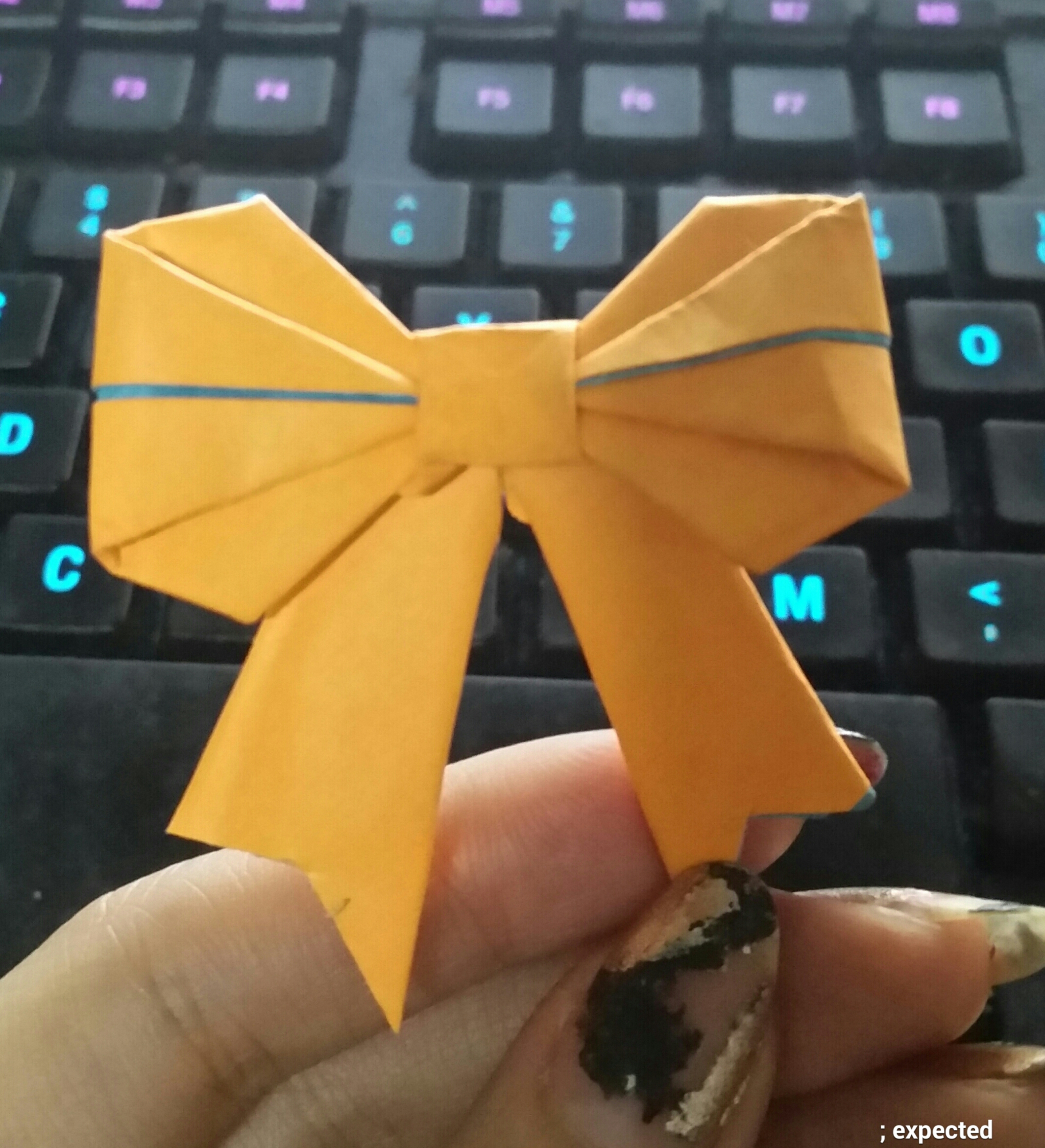 Picture of Origami Paper Bow