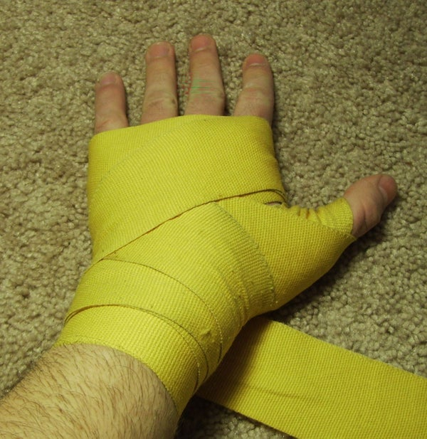 How to Wrap Hands for a Boxing Workout