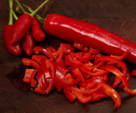 How to Easily Deseed a Chili - Food Hack