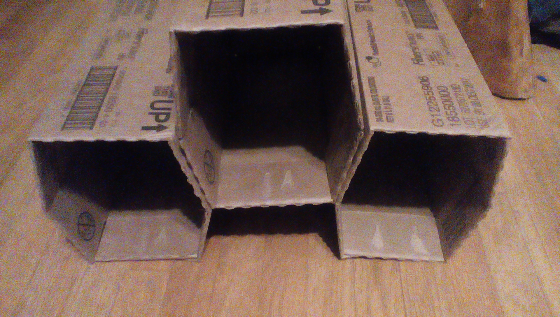 Picture of 10 Minute Cardboard Box Hex Cubbies