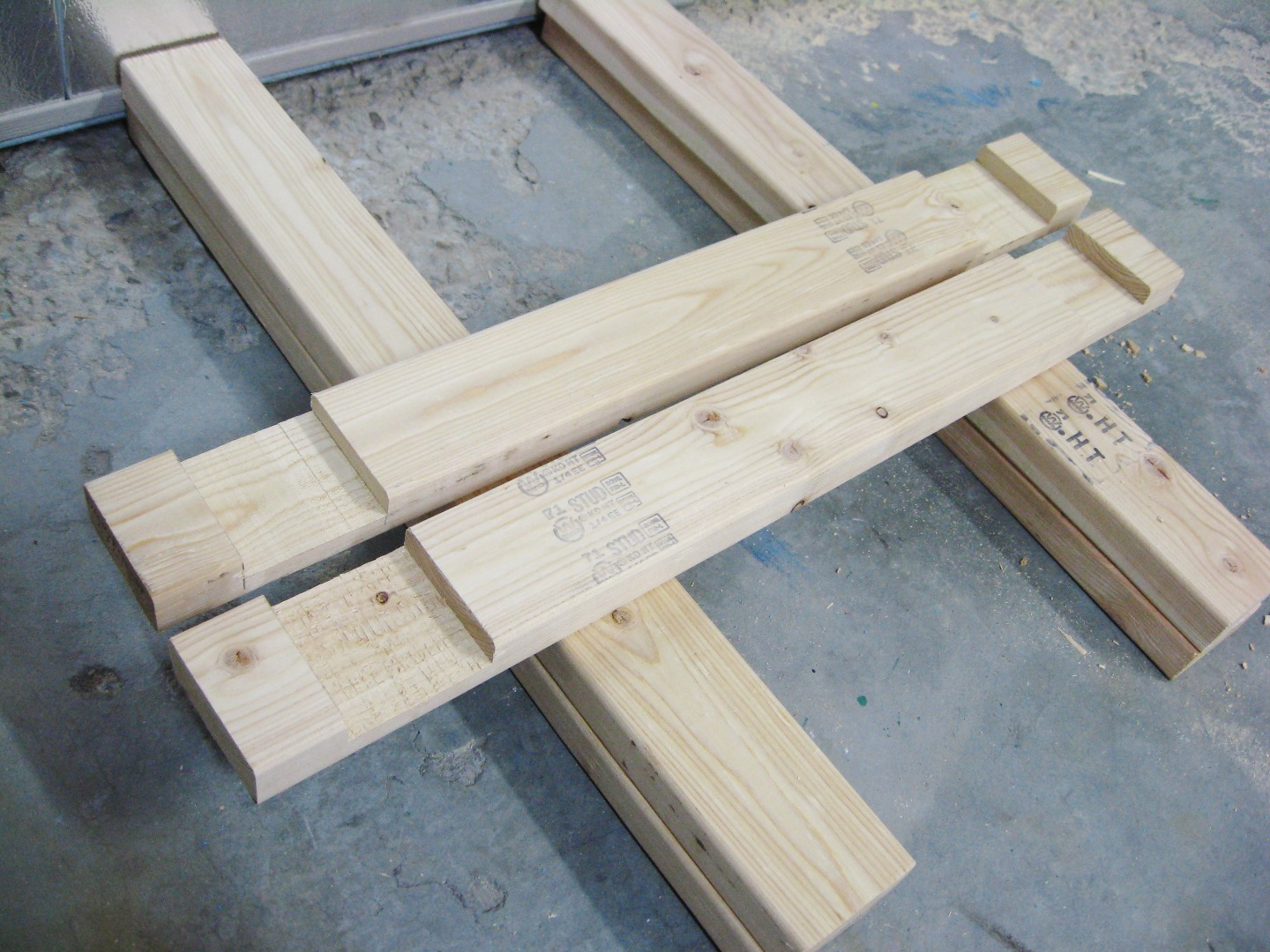 Picture of Cut Notches in Top Beam
