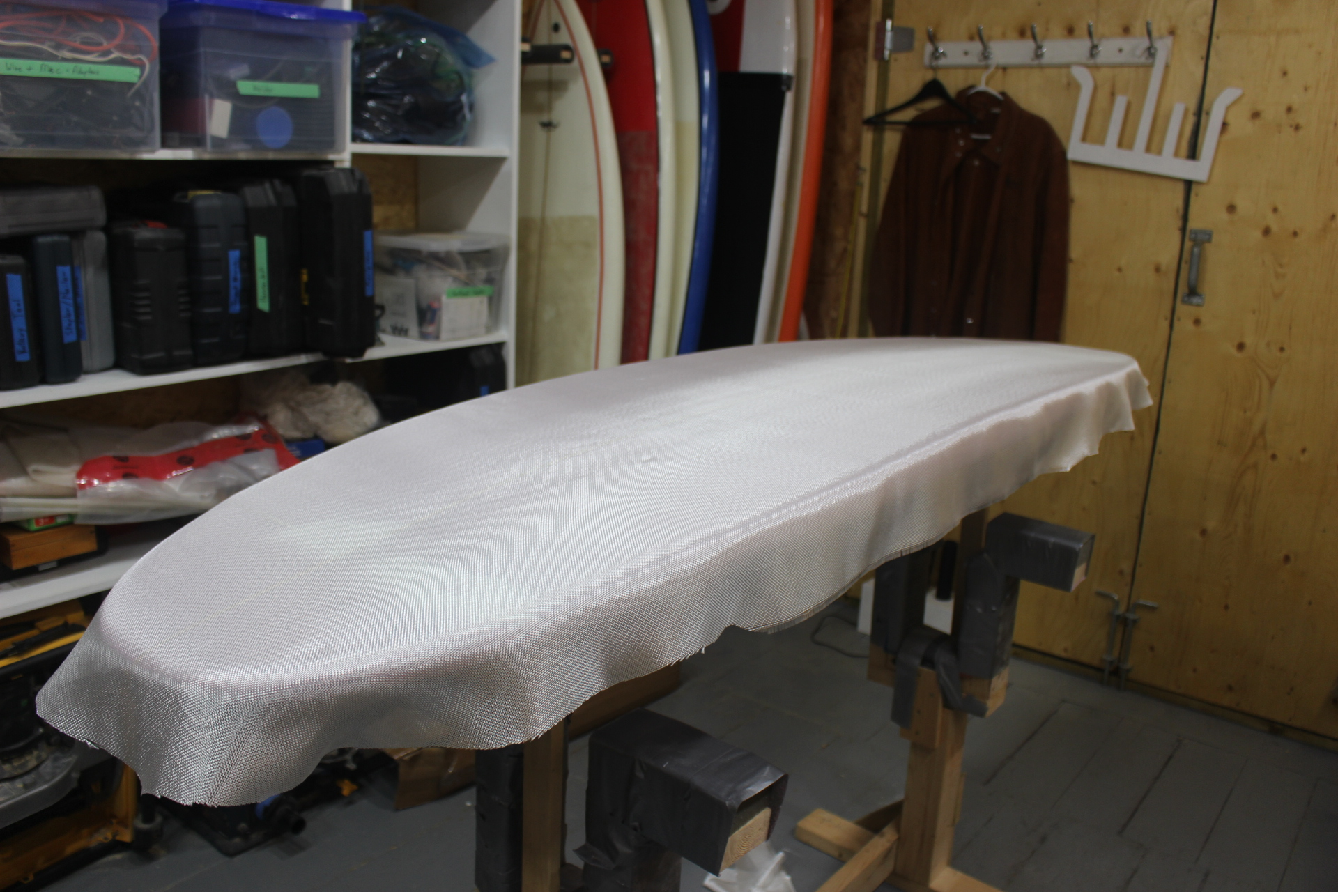 Picture of Laminating the Surfboard Bottom
