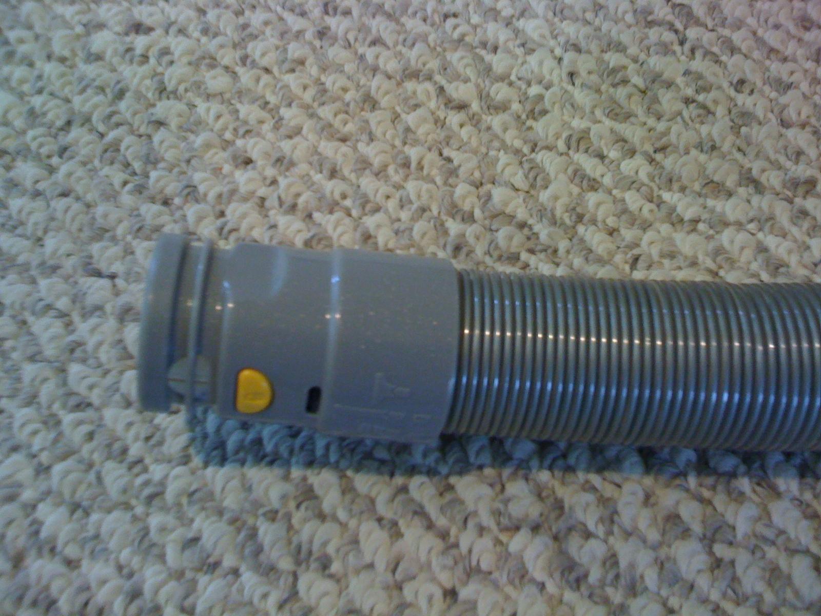 Fix a Dyson Vacuum Hose: 8 Steps