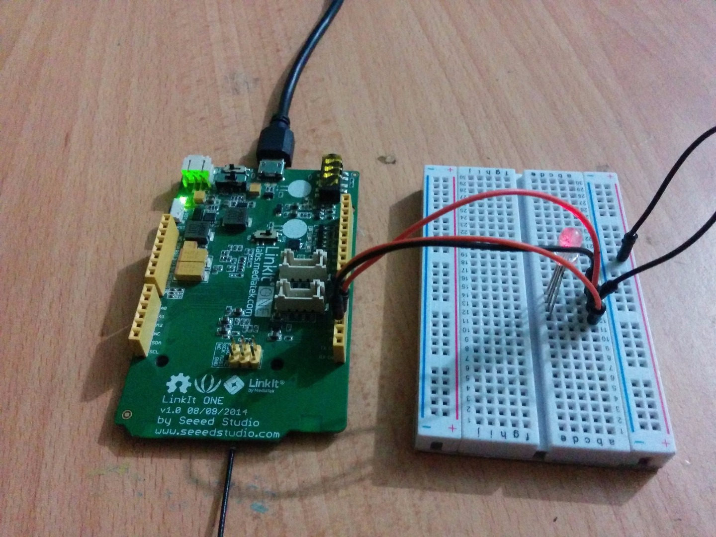 Picture of Linkit One and RGB LEDs