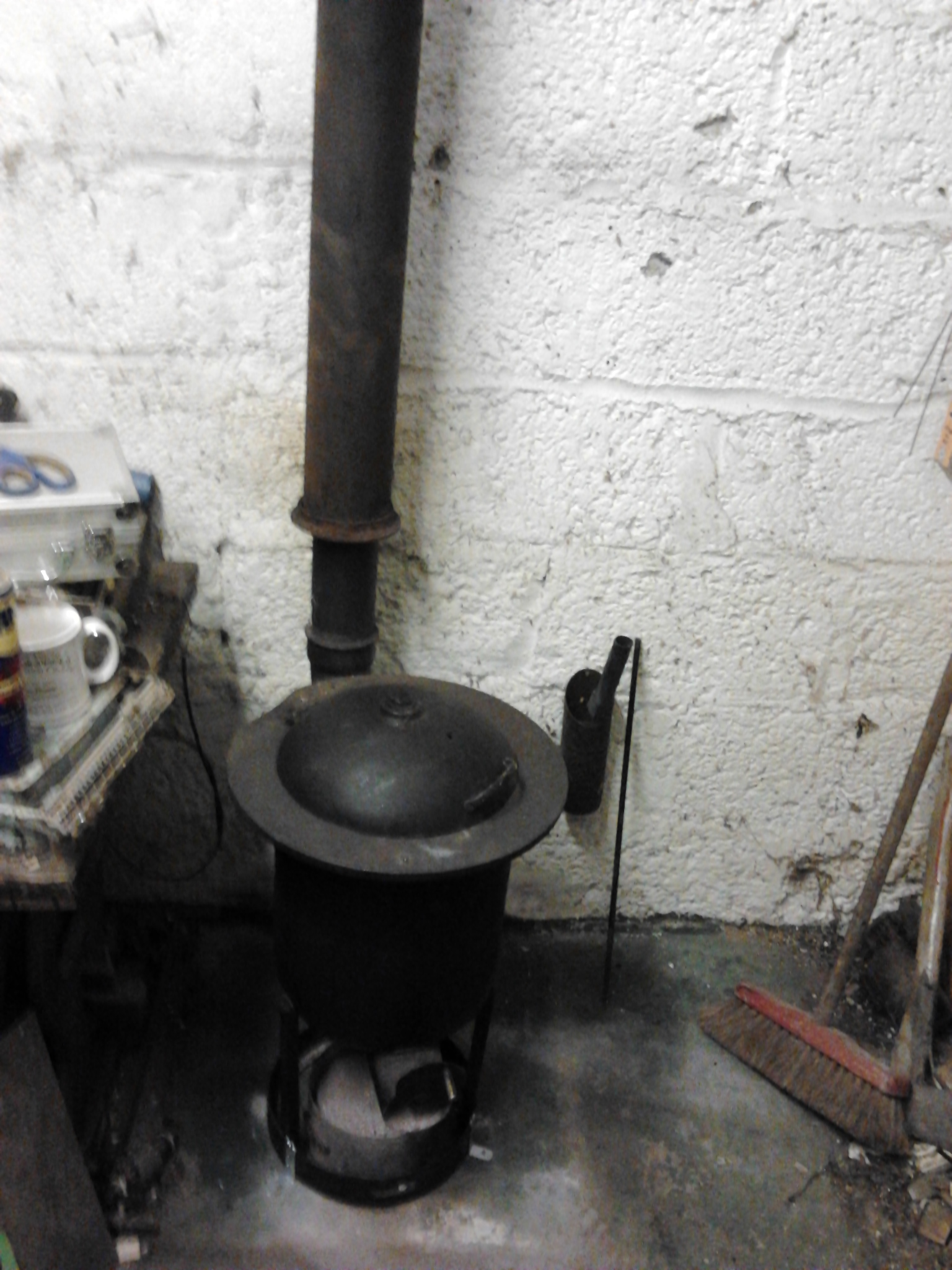 """Picture of Wood Stove Flue. Upgrade to 5"""", Resolving Some Problems + Home Made Fan Bellows."""