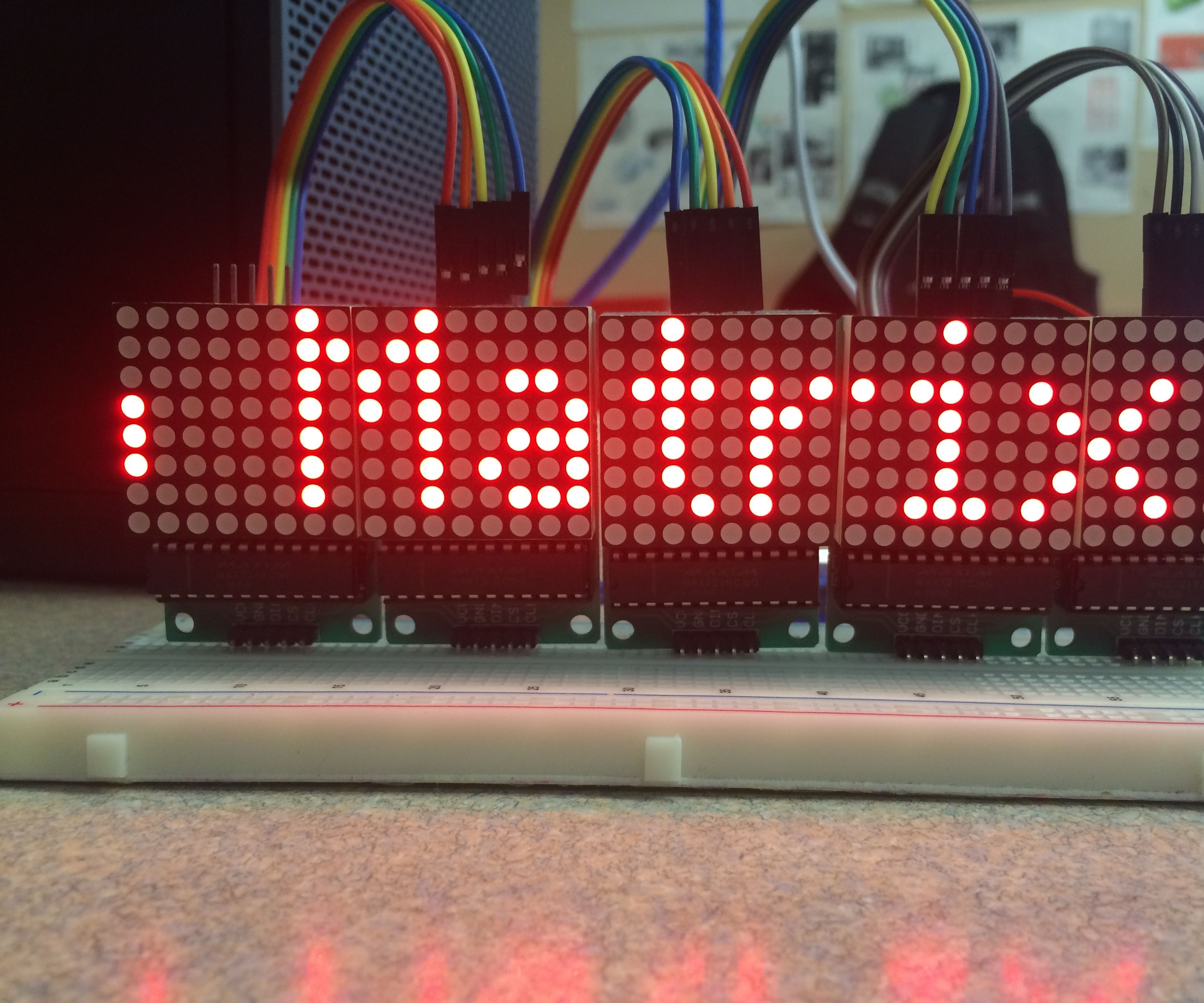 Scrolling Text on a 8x8 LED Matrix Using an Arduino UNO: 5 Steps