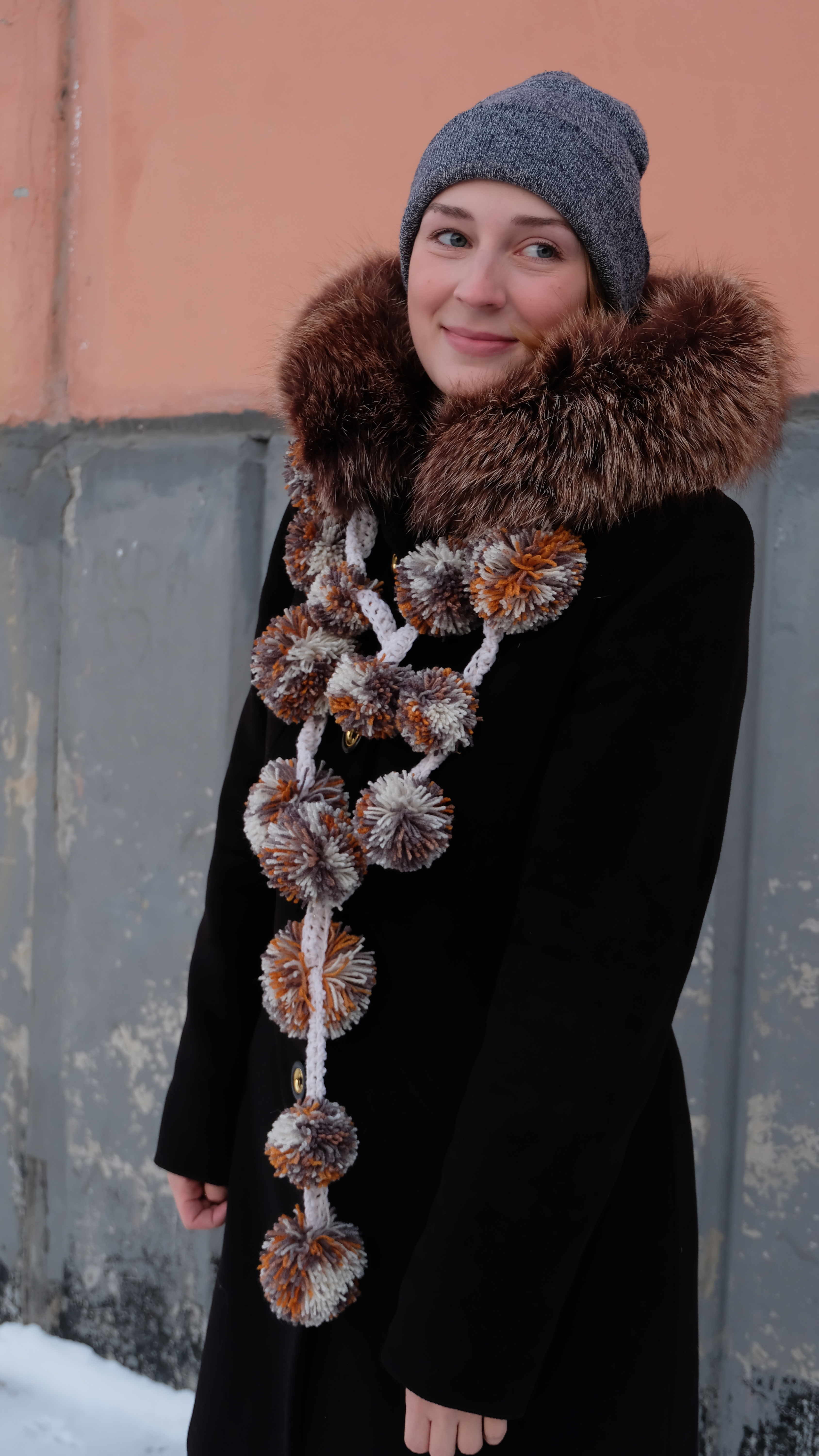 Picture of An Unusual Scarf From Pompoms