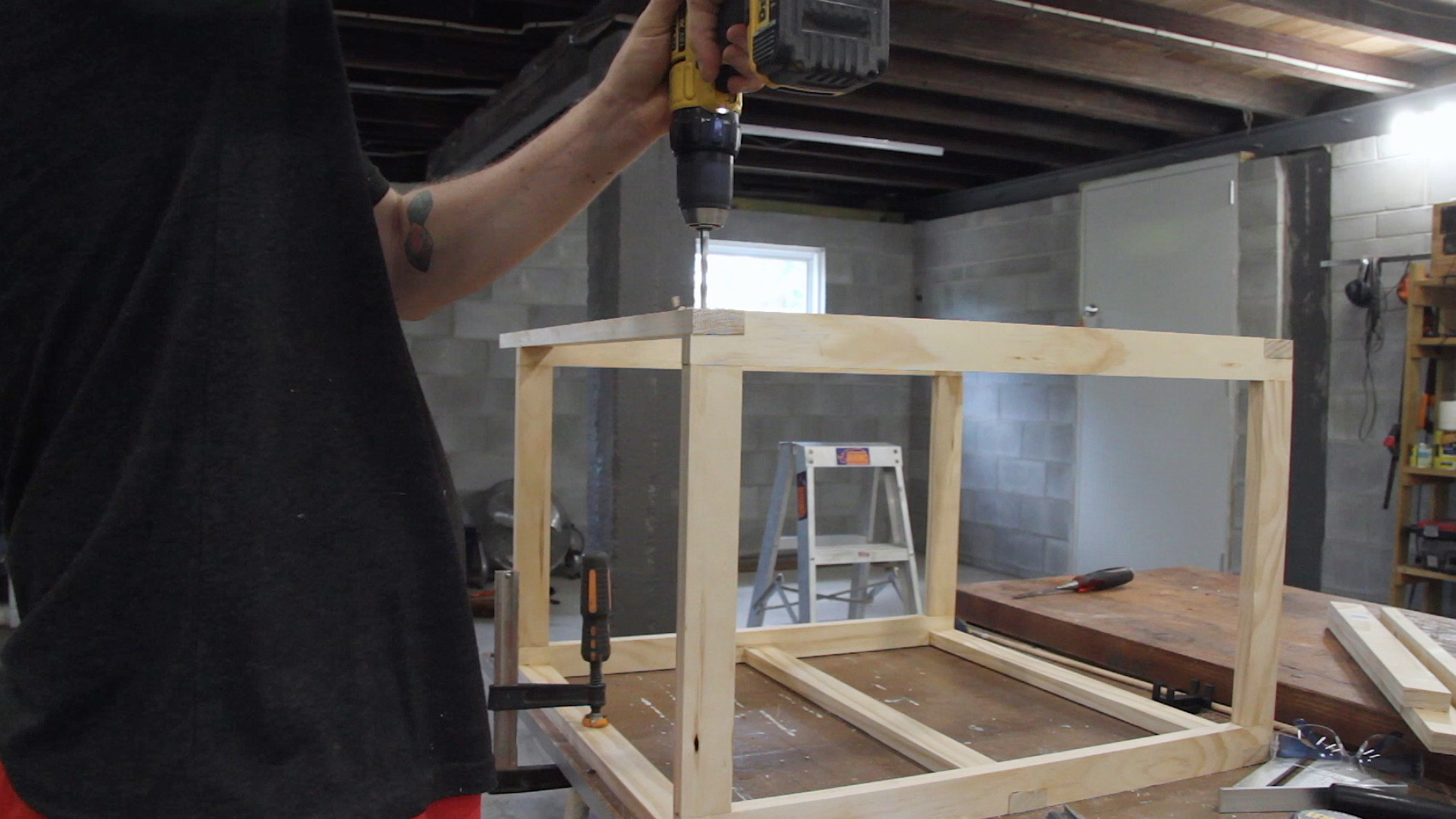 Picture of Glue Up Main Leg Assembly