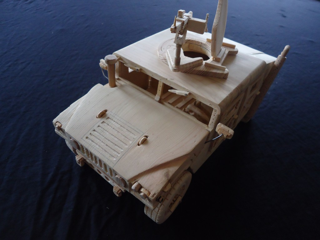 Picture of Wooden Hummer H1 Model