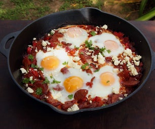 How to Cook Shakshouka: Eggs Poached in a Tomato Sauce With Chorizo