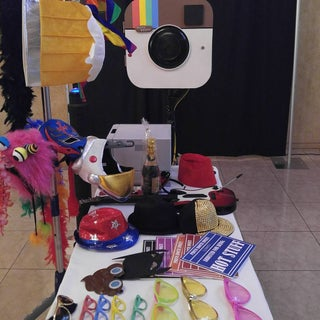 Instagram-Like Photo Booth