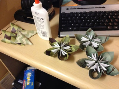 Make 11 Flowers and 5 Petals