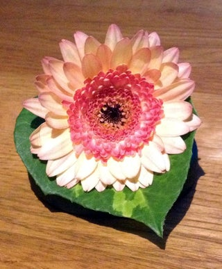Easy Flower Corsages (Using Magnets)
