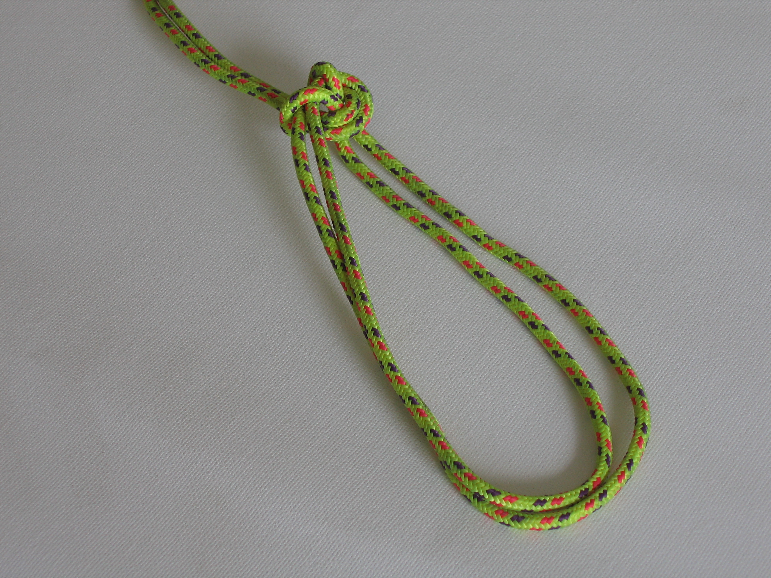 Picture of How to Tie a Fire-escape Knot