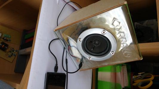 Simple Acrylic Speaker