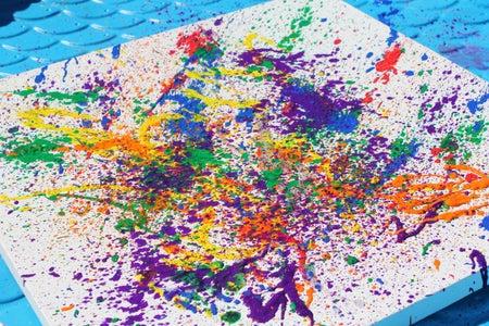 Outdoor Kids Activity:  Spray Bottle Painting
