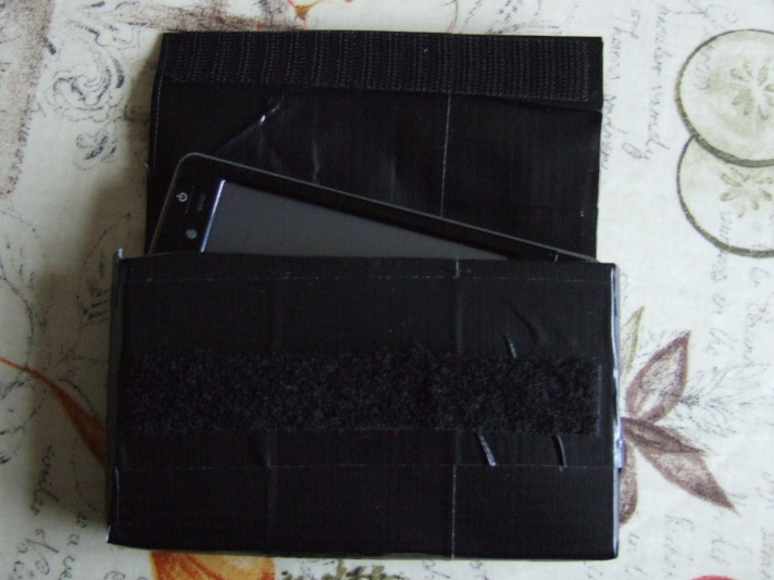 Picture of Duct/k Tape Belt Case for a Mobile Device (iPod/iPhone, Pocket PC, Etc.)