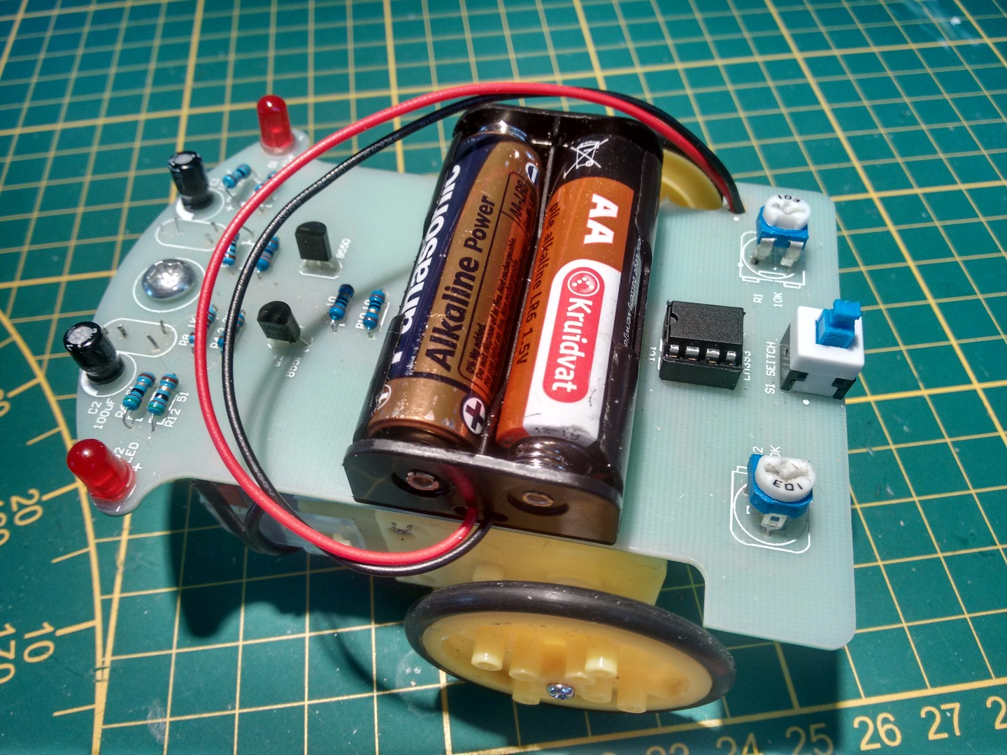 Picture of Programming the Attiny85