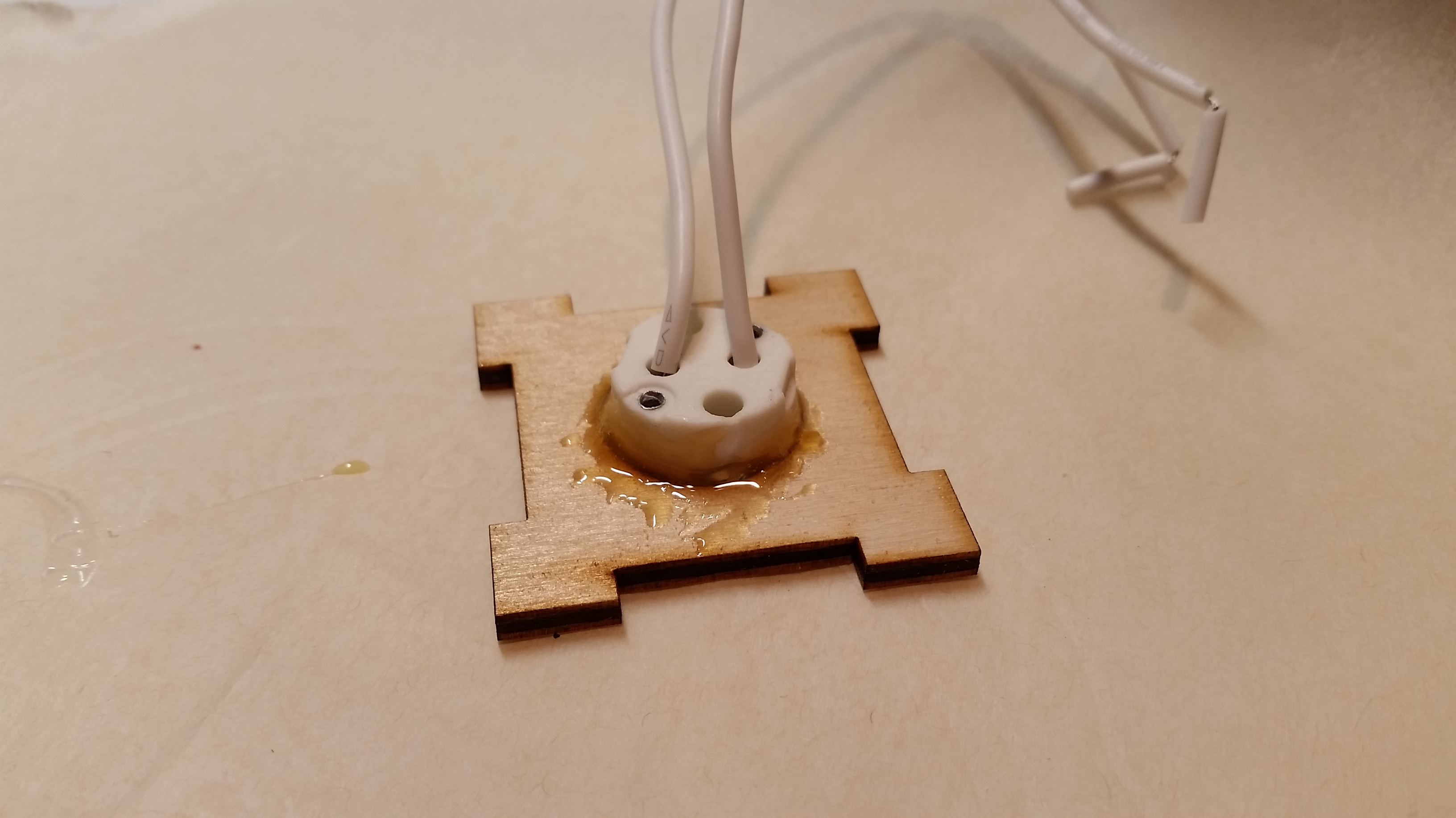 Picture of Glue Socket Base