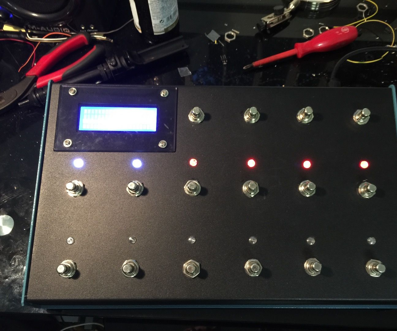 Arduino Due Based Fractal Audio Axe-FX II Controller: 5 Steps