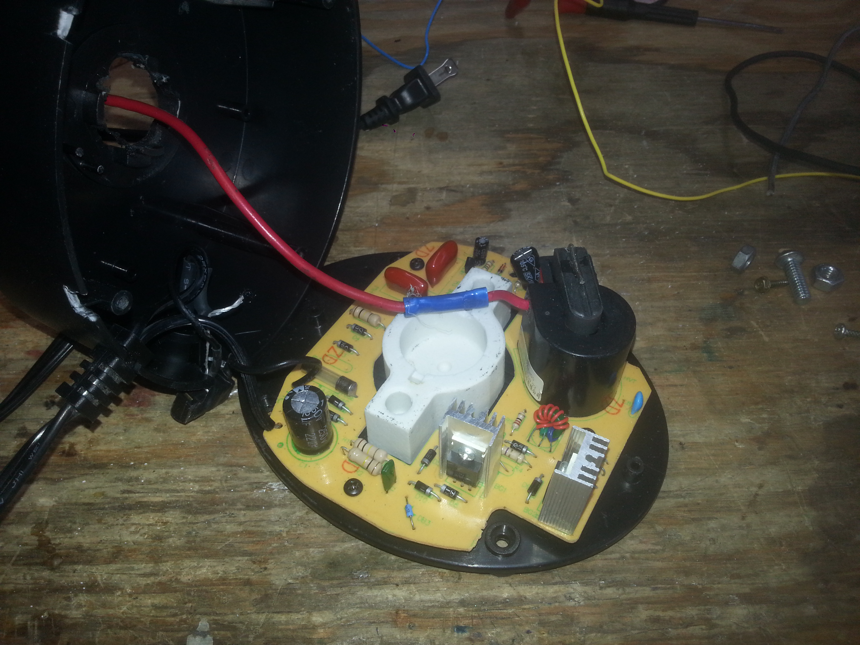 Picture of Take Base Apart and Attach Hv Wire