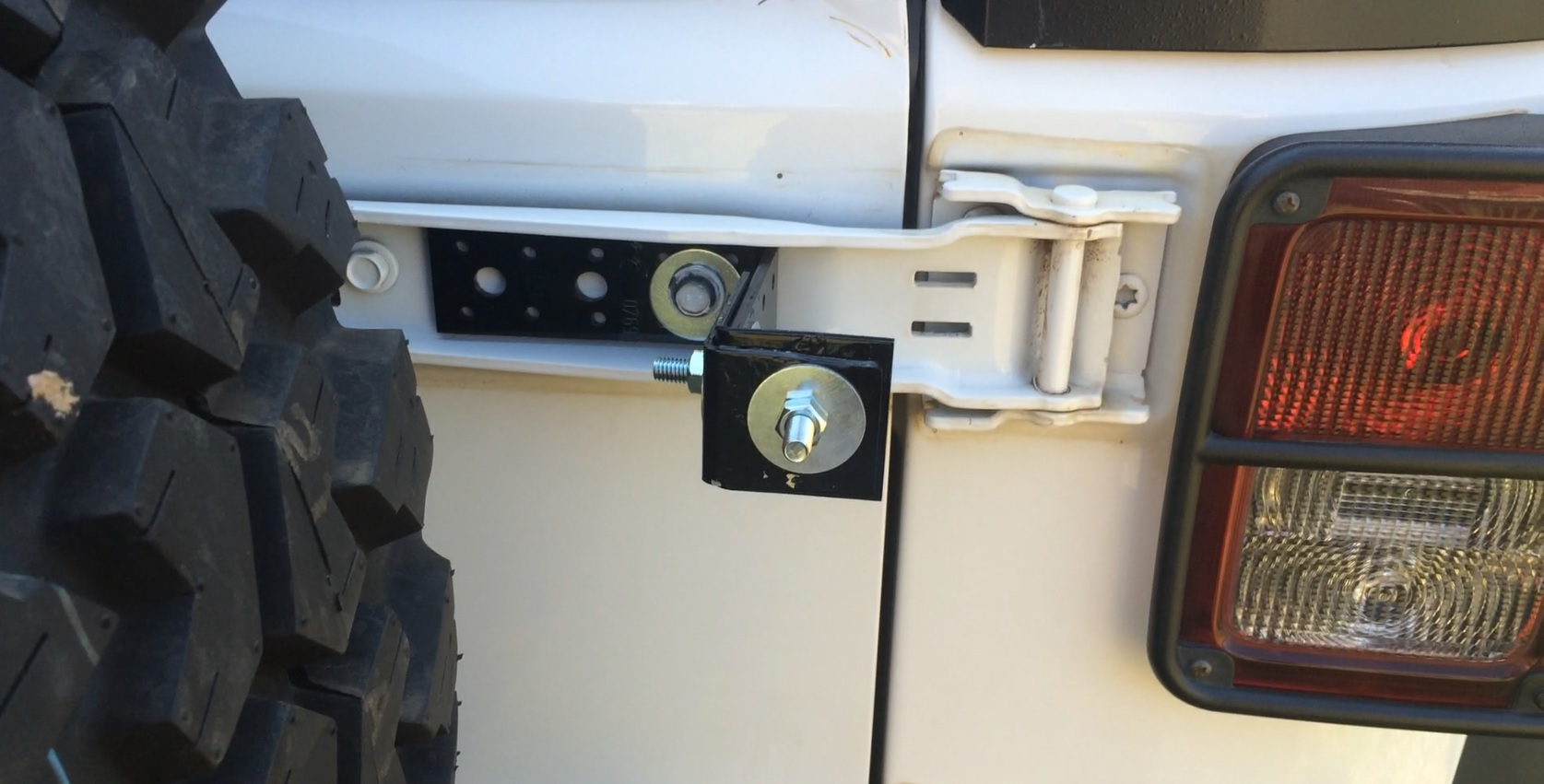 Picture of Jerrycan Mount With Parts Bought From a Hardware Store.