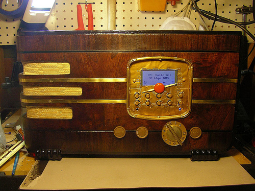 Picture of Vintage Wi-Fi Internet Radio