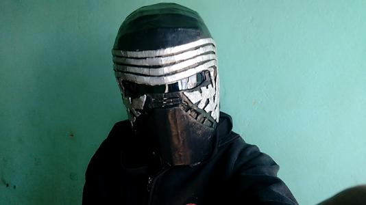 Helmet Kylo Ren Cardboard (Star Wars: the Force Awakens)