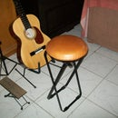 Foldable Classic Guitar Practice Stool