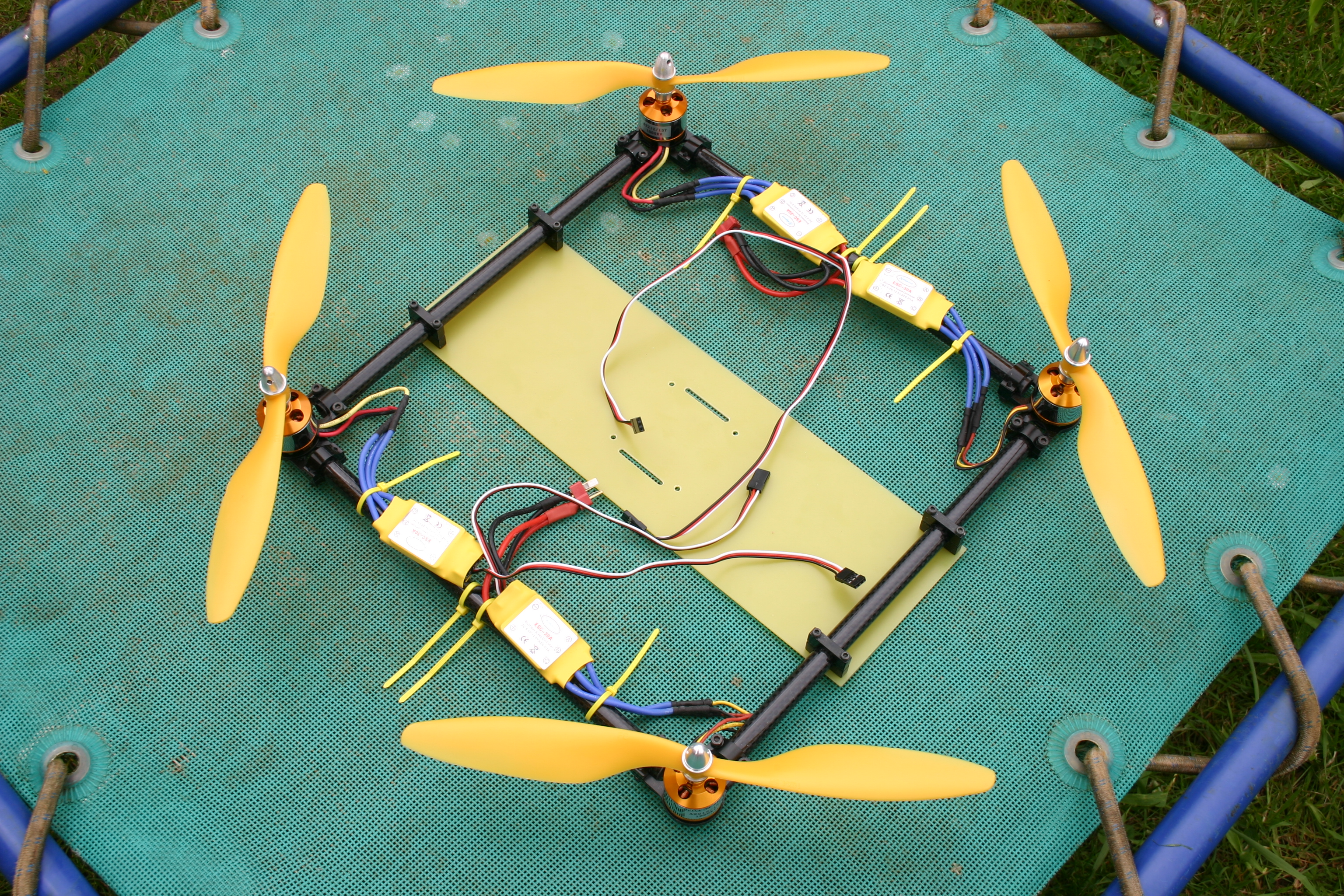 Picture of Simple Quadcopter