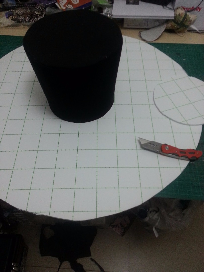 Picture of Cutting the Shape