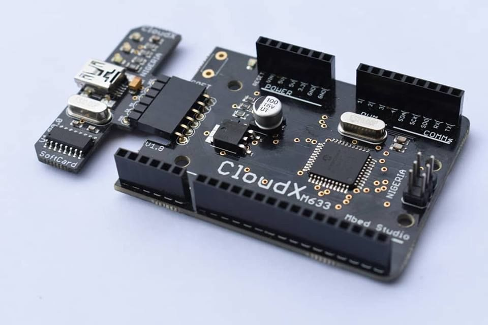 Picture of MULTIPLE MONOCHOME LCD INTERFACING WITH CLOUDX