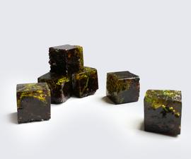 Realistic Minecraft Grass Blocks!