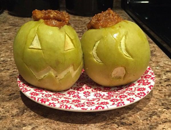 Pumpkin Pie Stuffed Apple Jack O Lanterns