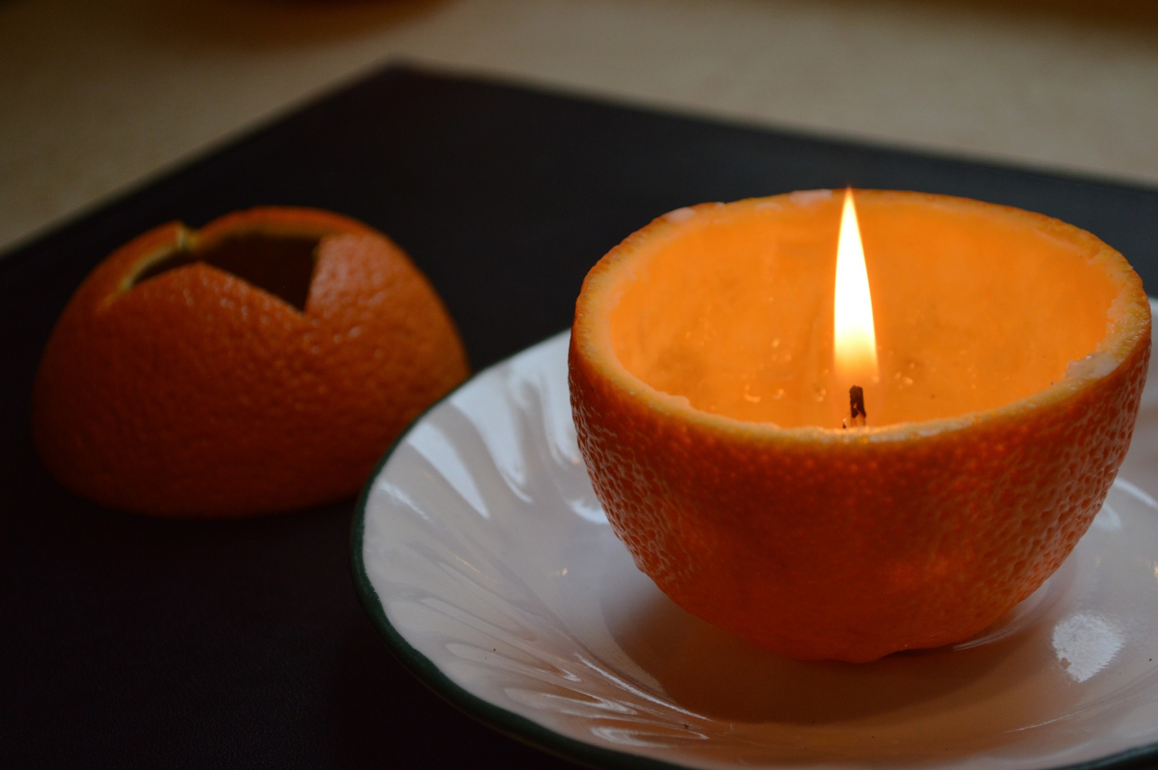 Picture of How to Make a Candle From an Orange
