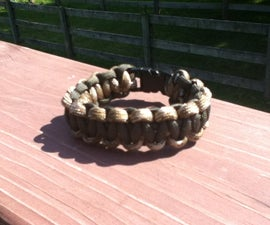 Two Colored Paracord Bracelet With Buckle