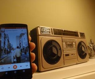 Upcycled Ghettoblaster With Audio Chromecast