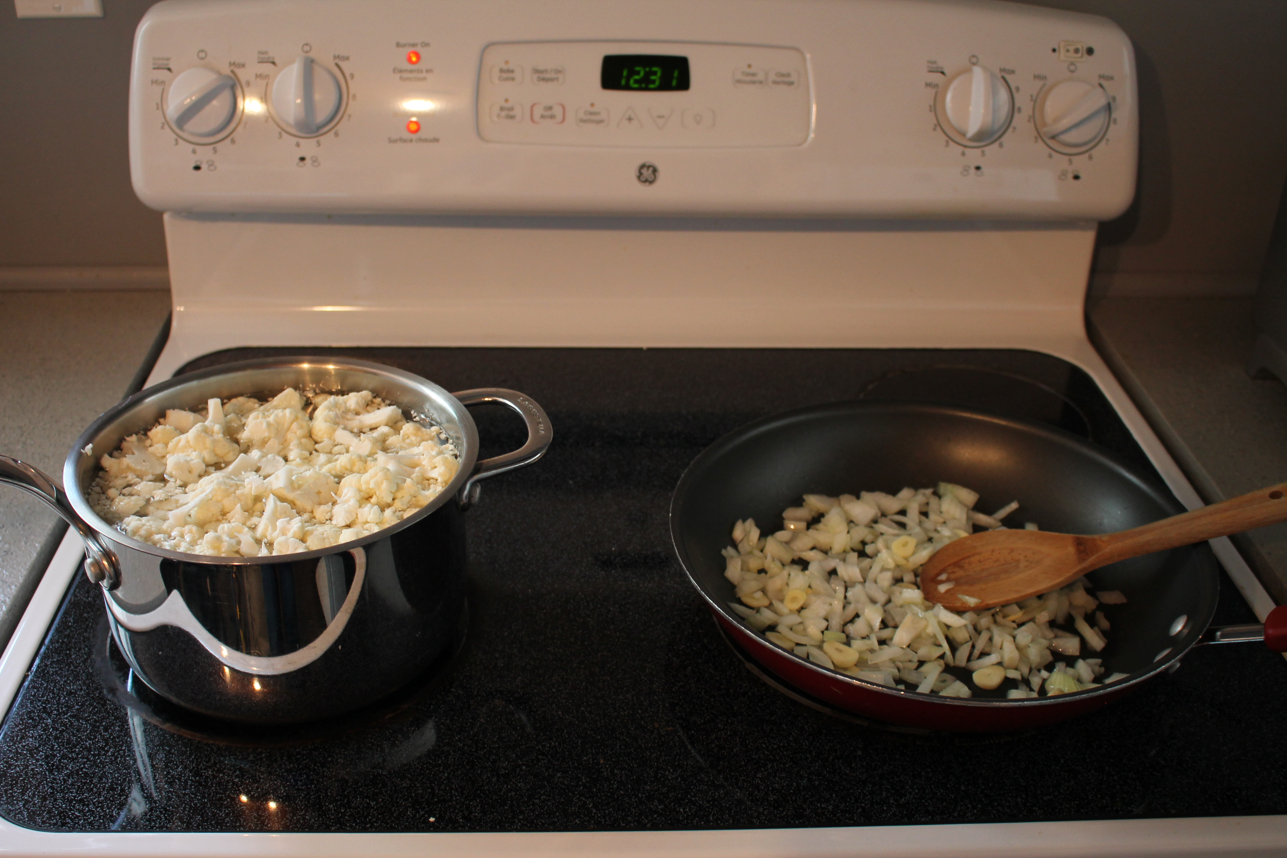 Picture of Cooking the Cauliflower, Onion and Garlic