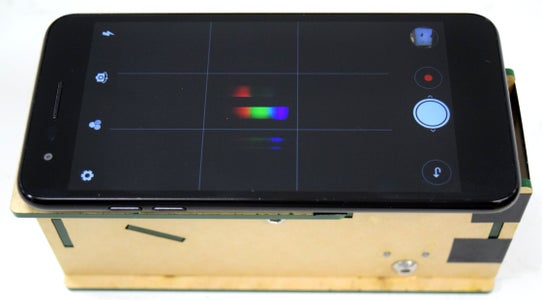 Take a Picture of the Spectra With Smartphone